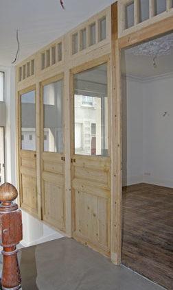 Cloison en bois et vitrage - Menuiserie Agencement Général 44 à Nantes (44)