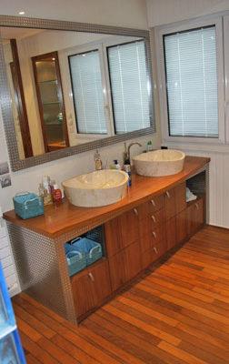 Salle de bain meuble et vasques - Menuiserie Agencement Général 44 à Nantes (44)