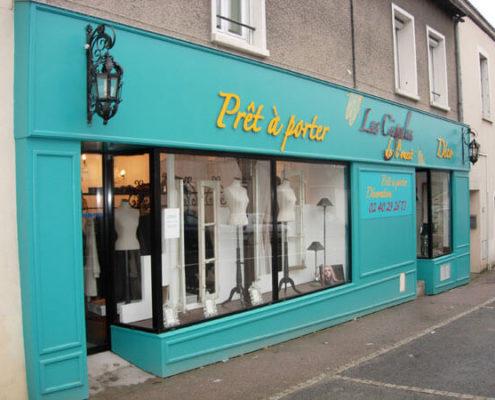 Devanture d'un magasin de prêt à porter - Menuiserie Agencement Général 44 à Nantes (44)